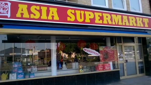 Asian germany live in hamburg haha She's