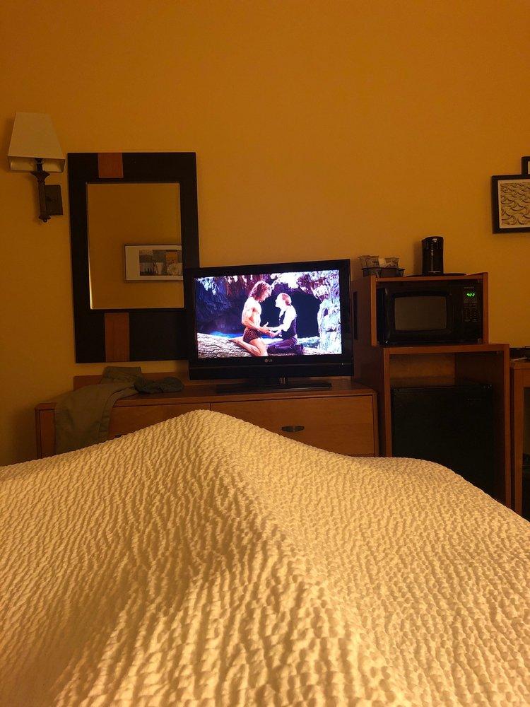 Fairfield Inn & Suites by Marriott: 2117 S 10th St, McAllen, TX