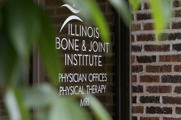 IBJI Wilmette Physician Offices 521 Green Bay Road, Suite