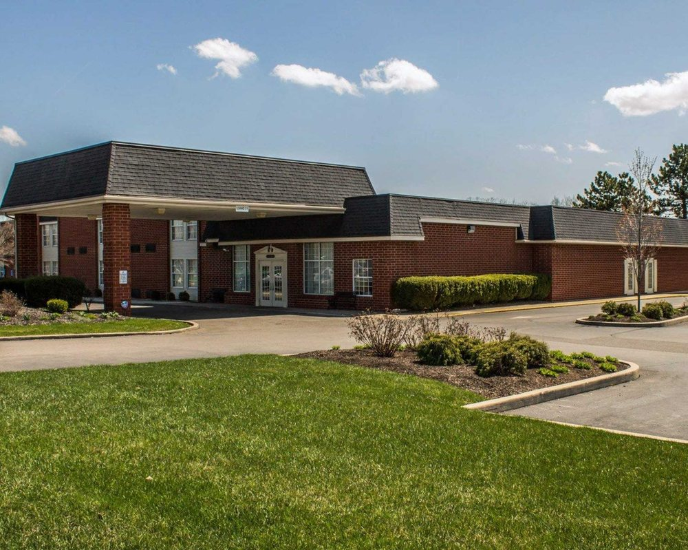 Quality Inn & Suites: 500 N Trimble Rd, Mansfield, OH