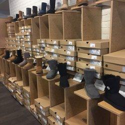 1e0ae0e5733b DSW Designer Shoe Warehouse - 23 Photos   131 Reviews - Shoe Stores ...