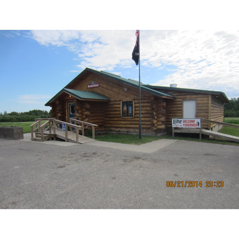 Fish Tales Bar & Grill: 50748 State Hwy 46, Squaw Lake, MN