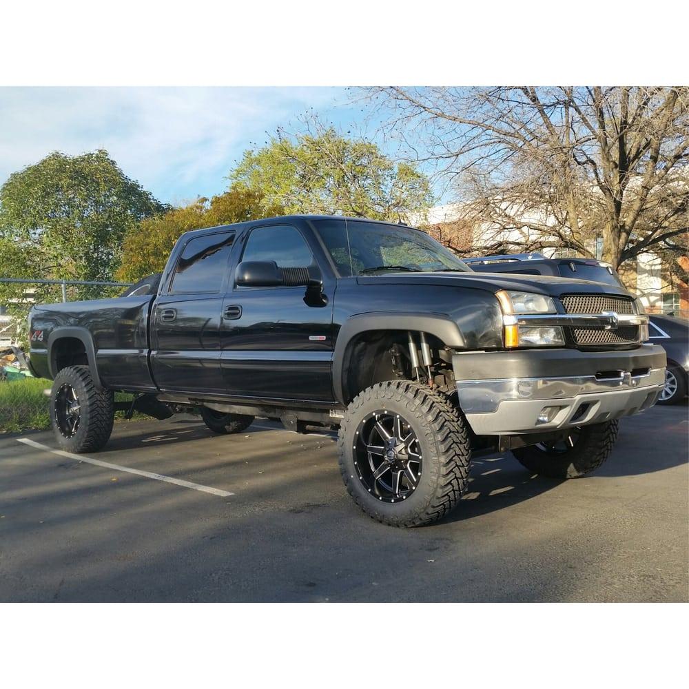 20 fuel maverick rims and 35 mud terrain tires on a chevy silverado 2500 fuel rims fuel wheels. Black Bedroom Furniture Sets. Home Design Ideas