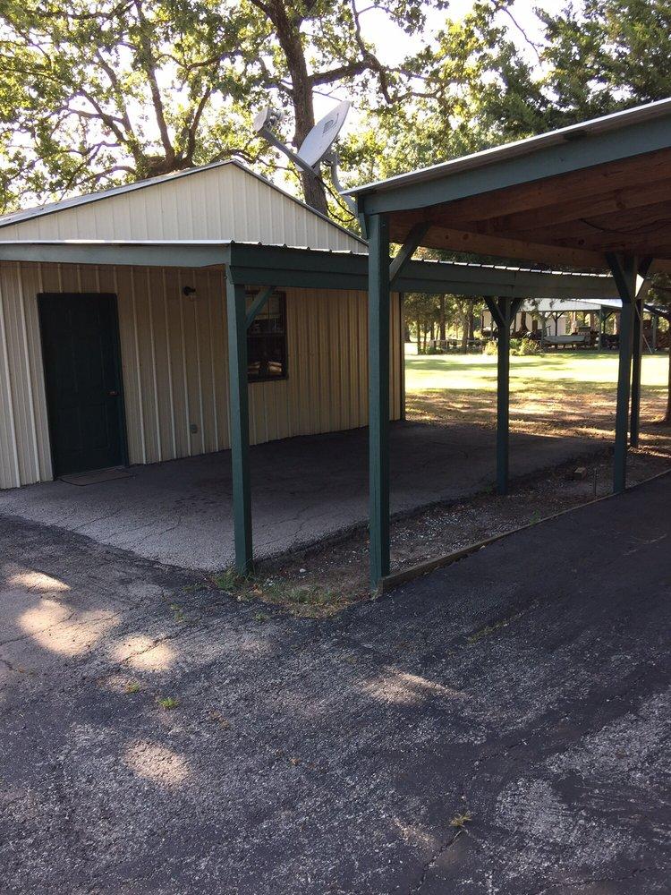 Scenic 515 Cabins: 8372 W Fm 515, Yantis, TX