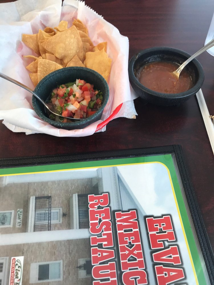 Elva's Mexican Restaurant: 680 E Ocean Blvd, Los Fresnos, TX