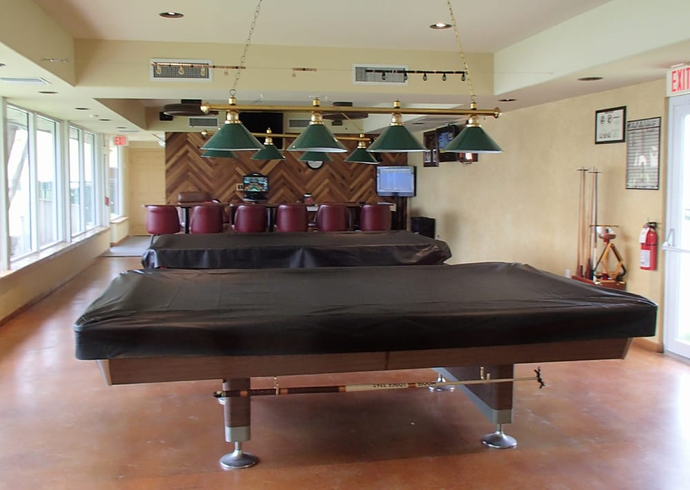 what to do if you find an iphone pool table and indoor recreational area yelp 2267