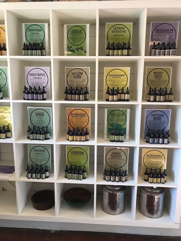 Blossom's Farm Store & Cafe: 2904 Freedom Blvd, Corralitos, CA
