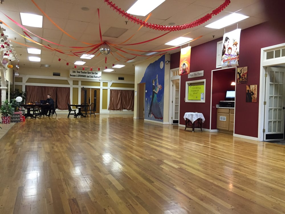Arthur Murray Dance Studio: 30 Wintonbury Ave, Bloomfield, CT