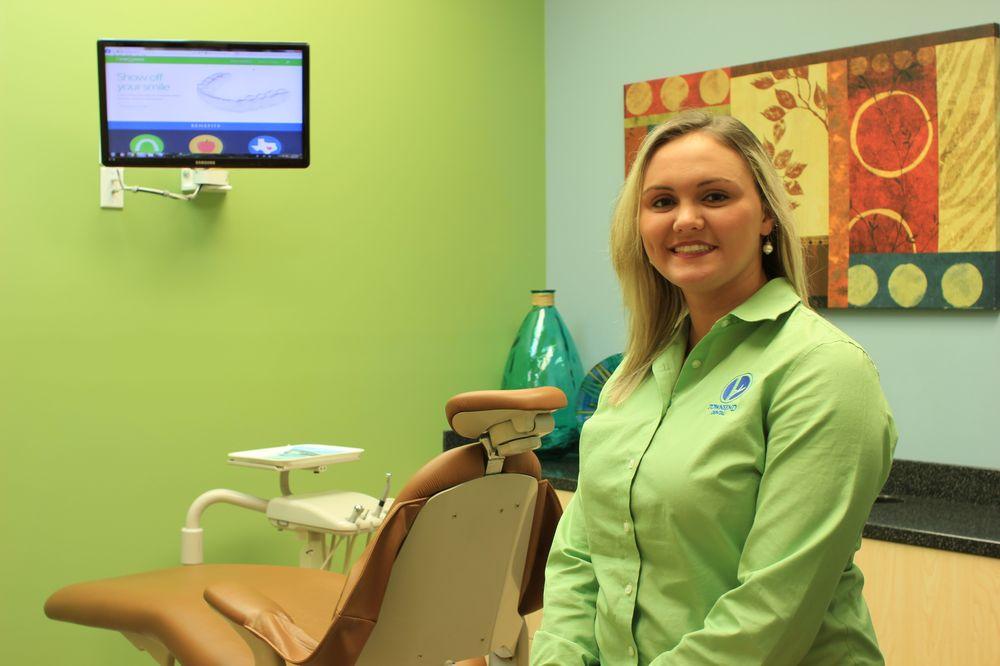 Townsend Family Dental Center: 767 Veterans Pkwy, Hinesville, GA