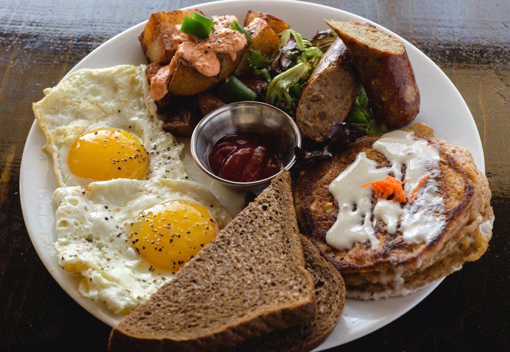 GROW Café + Bistro: 302 Culver St, Saugatuck, MI