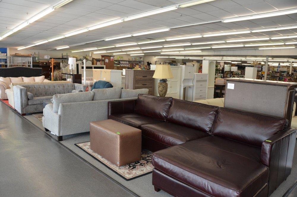 Yard Sale USA: 204 S Front St, Murfreesboro, TN