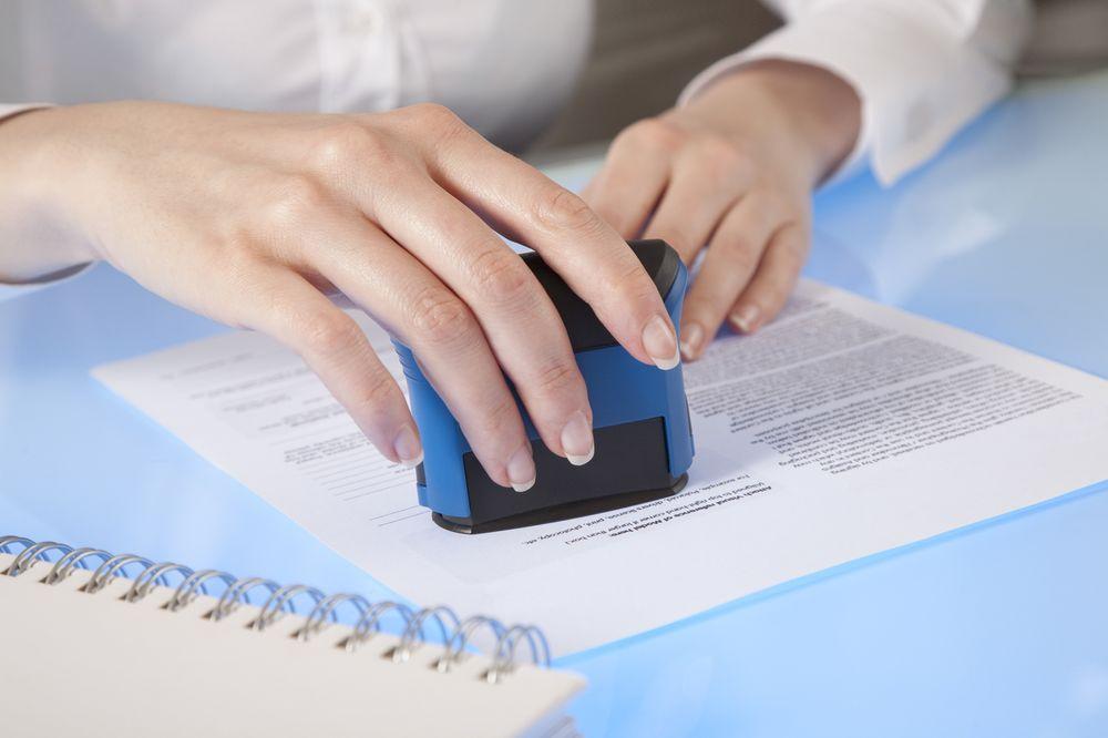 Lourea's Traveling Notary Services: Arlington, WA