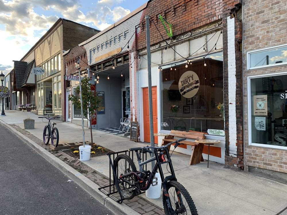 Dirty Treads Bike & Coffee House: 121 Mc Kinley Ave, Kellogg, ID