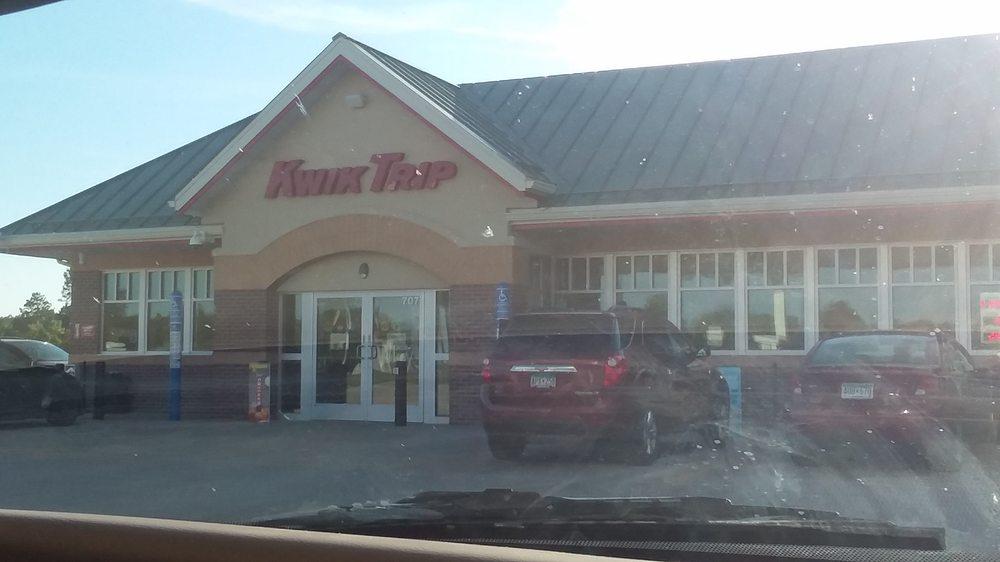 Kwik Trip: 707 McLean St, Mora, MN