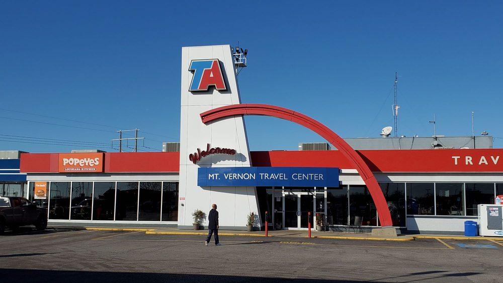 Travel Centers of America: 4510 Broadway St, Mount Vernon, IL
