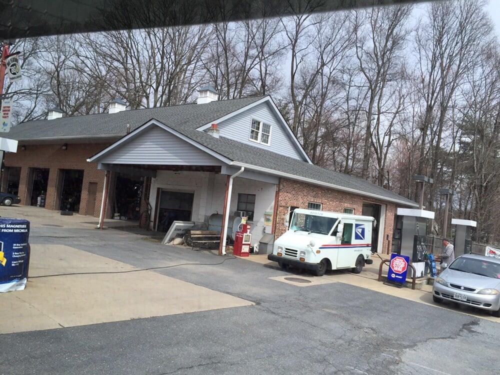 Green Valley Garage: 11602 Fingerboard Rd, Monrovia, MD