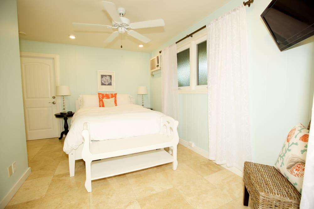 Paradise Palms Bed & Breakfast