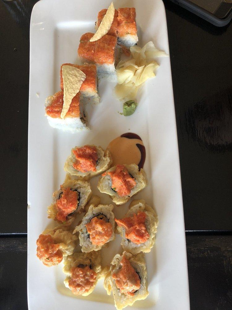KawaSaki Japanese Restaurant: 8 Village Green Dr, Litchfield, CT