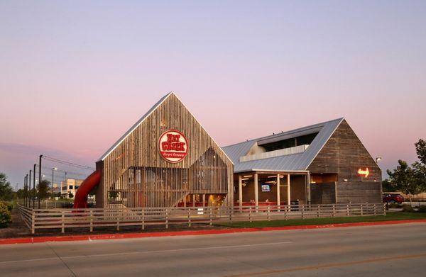 Hat Creek Burger Company - 196 Photos & 216 Reviews