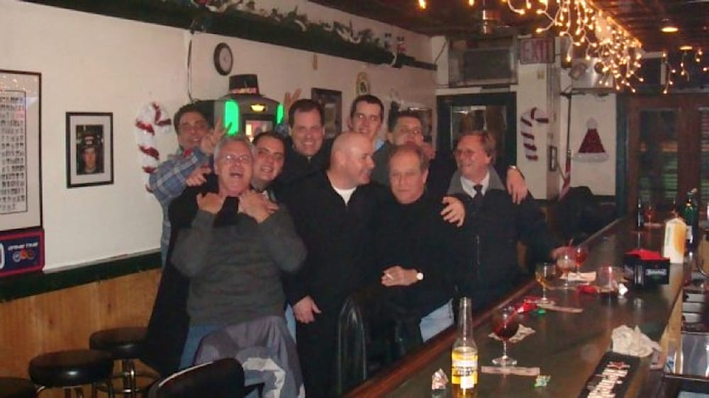 McCabe's Bar Car: 3915 192nd St, Bayside, NY