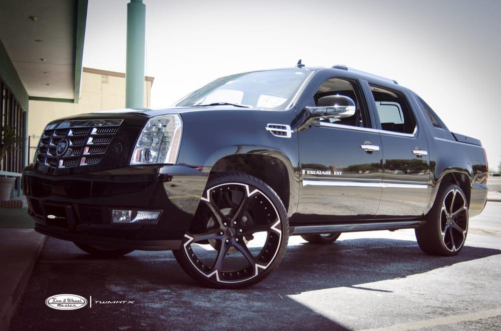 Cadillac On 26 Inch Rims : Black cadillac escalade ext with inch giovanna wheels