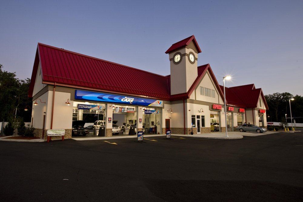 Valvoline Express Care: 918 E Milam St, Mexia, TX