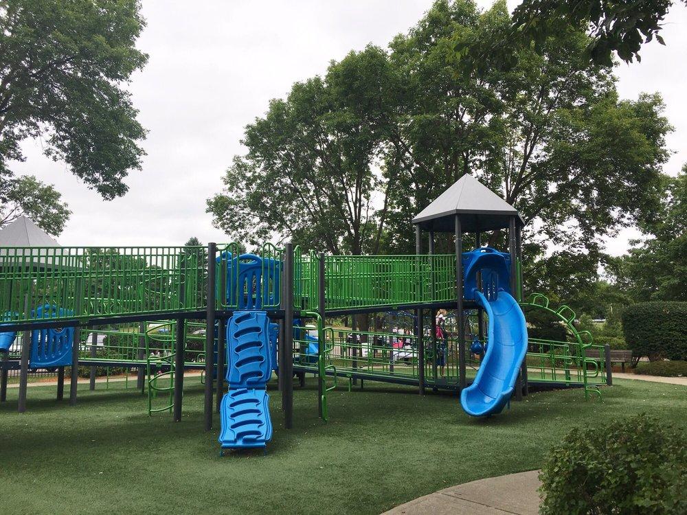 Rosland Park: 4300 W 66th St, Edina, MN