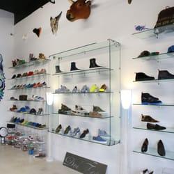 online retailer 87a5b 9c321 Del Toro Shoes - 17 foto - Negozi di scarpe - 2750 NW 3rd ...