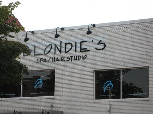 Blondie's Hair Studio & Spa 1910 18th St NW Washington, DC