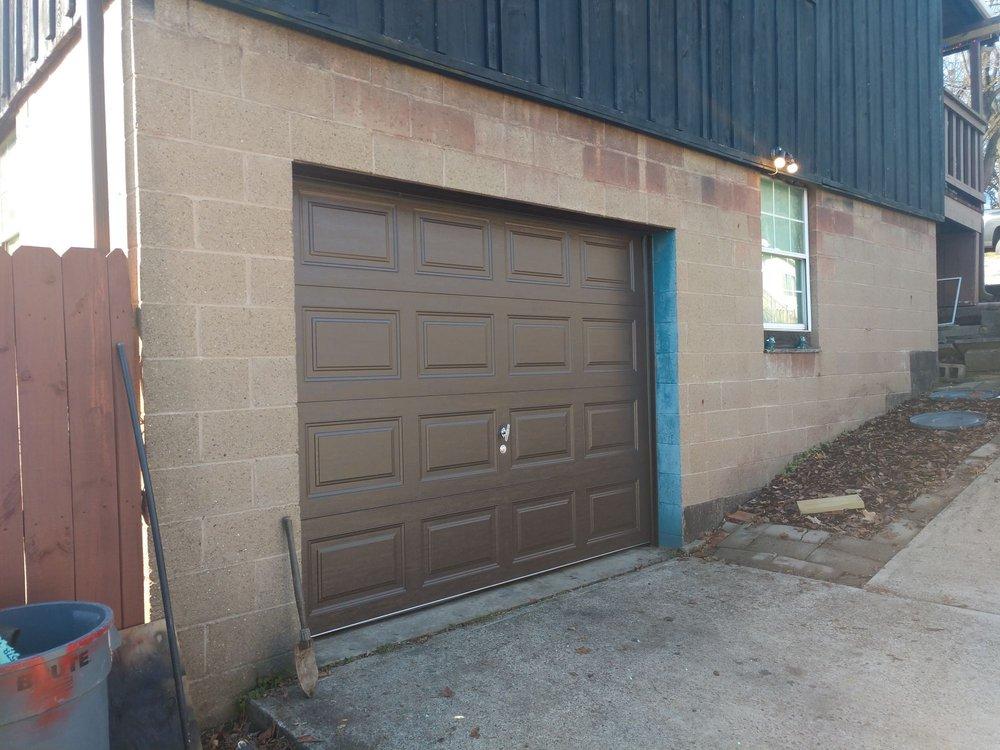 A & M Garage Doors: 1304 Powers Dr, New Kensington, PA