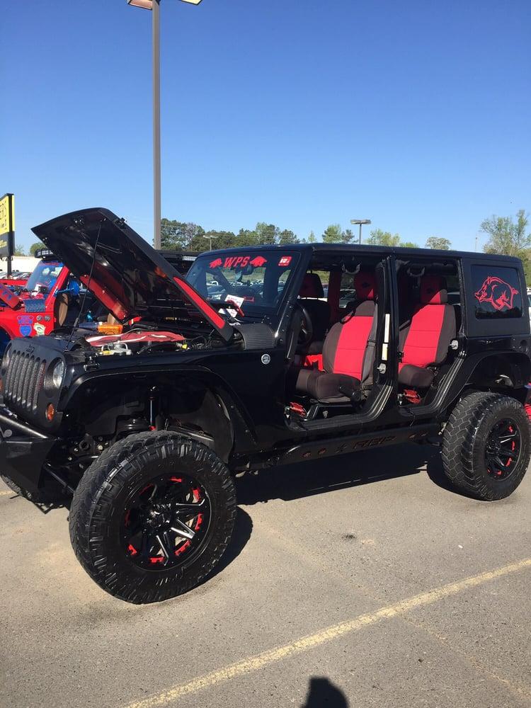 Landers Benton Ar >> Photos For Landers Chrysler Dodge Jeep Yelp