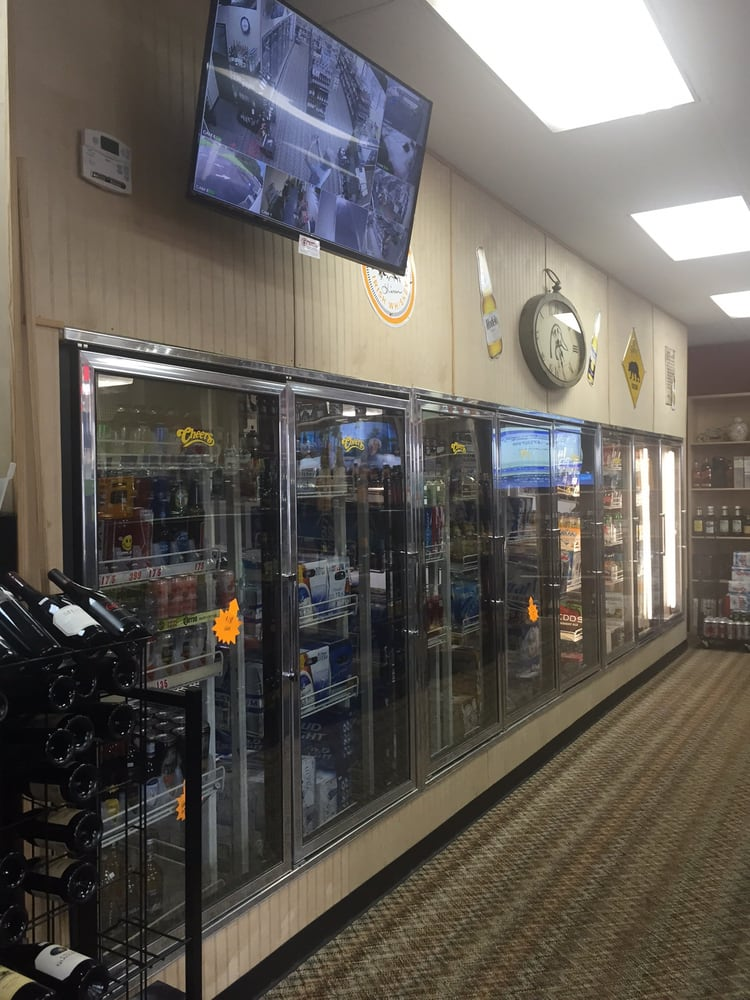 Cheers Package Store: 508 City Blvd, Waycross, GA