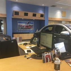 Baker motor company 13 fotos concesionarios de autos for Baker motors jaguar charleston sc