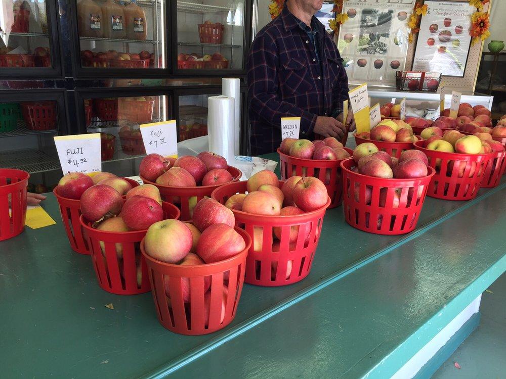Mediavilla Orchards: 1527 E Jericho Tpke, Huntington, NY