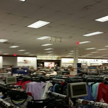 Chambersburg Mall Shoe Stores