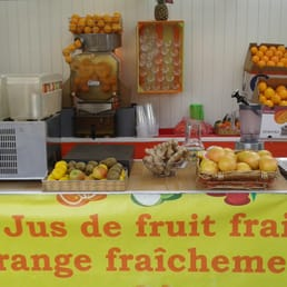 Jus de fruits frais 14 fotos smoothies saftbar - Conservation jus de fruit frais ...