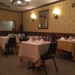 Rini S Restaurant 28 Photos 45 Reviews Italian 12 W Main St Elmsford Ny Phone Number Menu Yelp