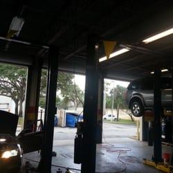 Roberts Auto Service >> Roberts Auto Repair Tyre Car Servicing 6520 W