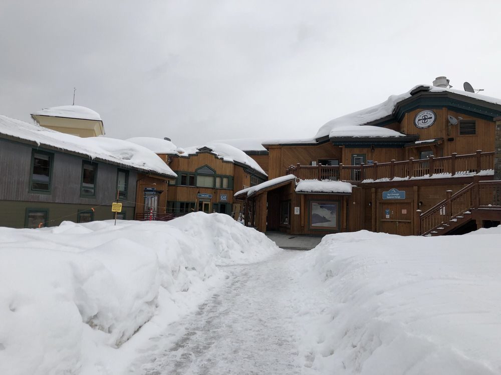 Grand Targhee Resort: 3300 Ski Hill Rd, Alta, WY