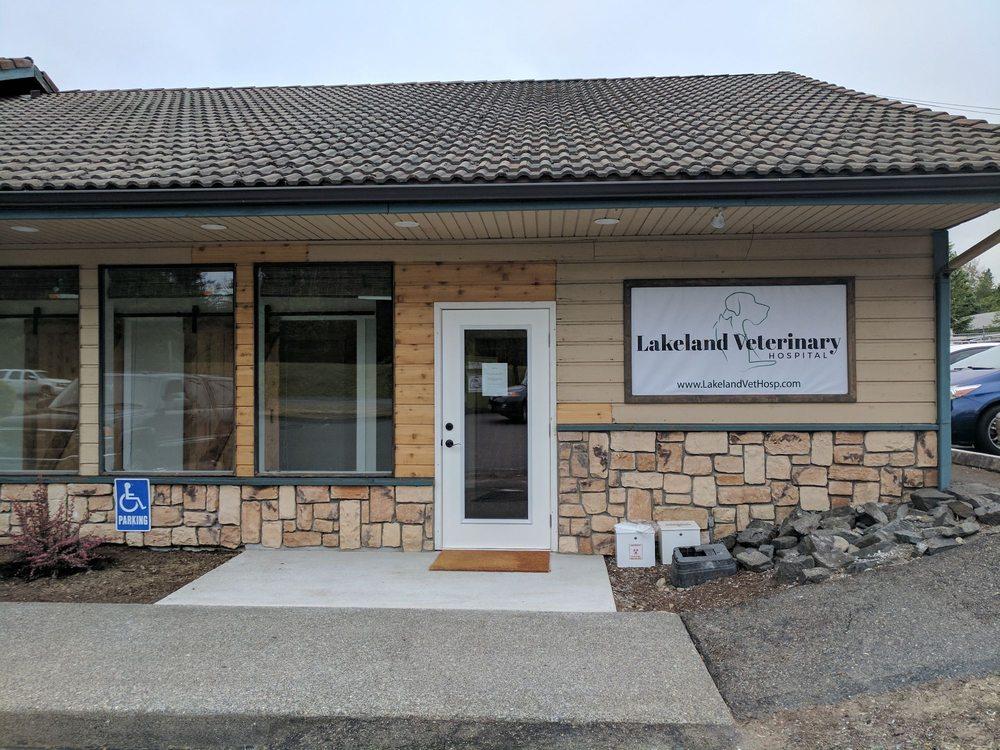 Lakeland Veterinary Hospital: 18215 9th St E, Lake Tapps, WA