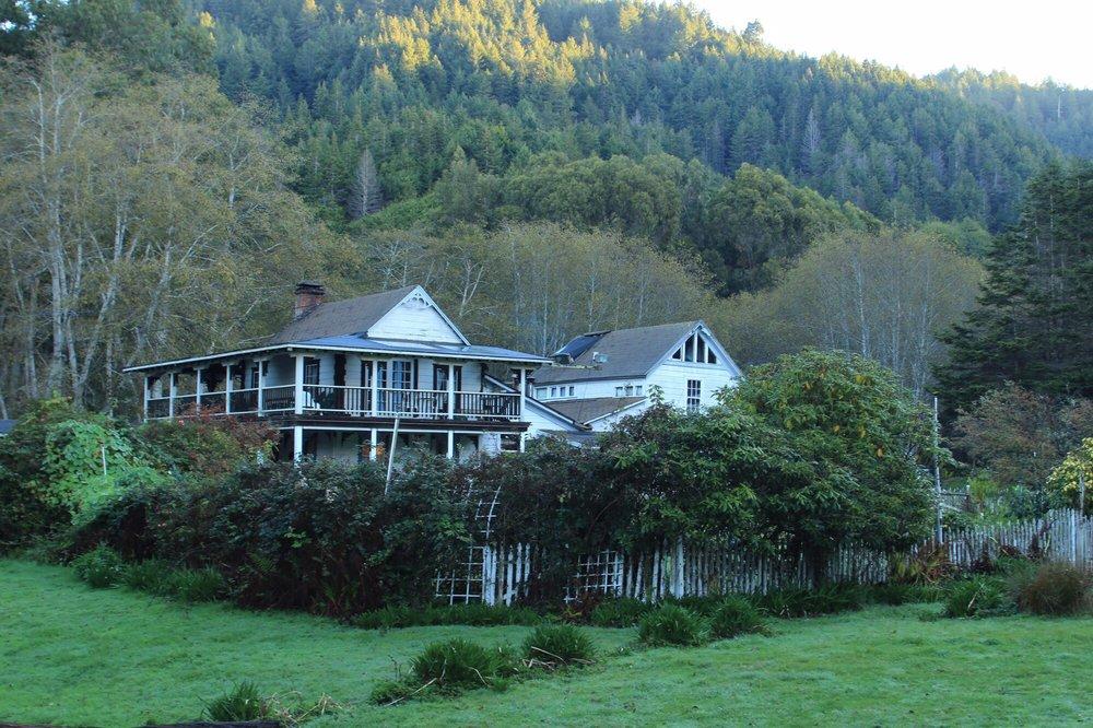 Howard Creek Ranch Inn: 40501 N Hwy 1, Westport, CA