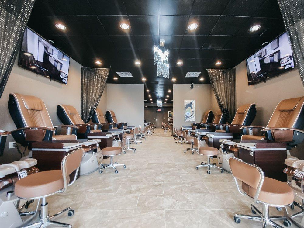 The Golden File Nails & Spa: 7501 Cottonwood Dr, Jenison, MI