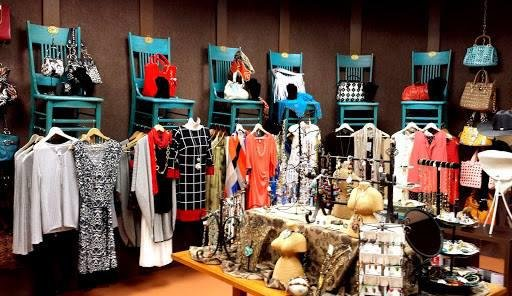 Carefree Consignment: 100 Easy St, Carefree, AZ