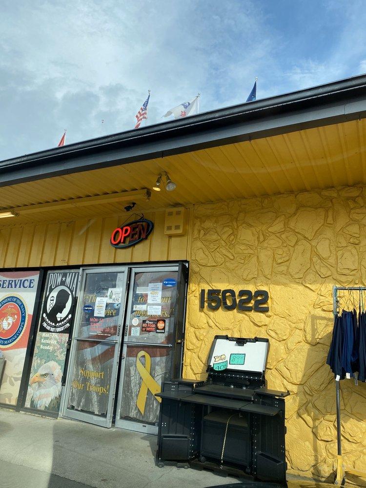 Foxhole: 15022 Union Ave SW, Lakewood, WA