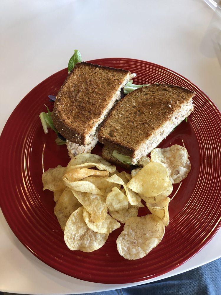 Wilder's Cafe: 6408 West Highway 146, Crestwood, KY