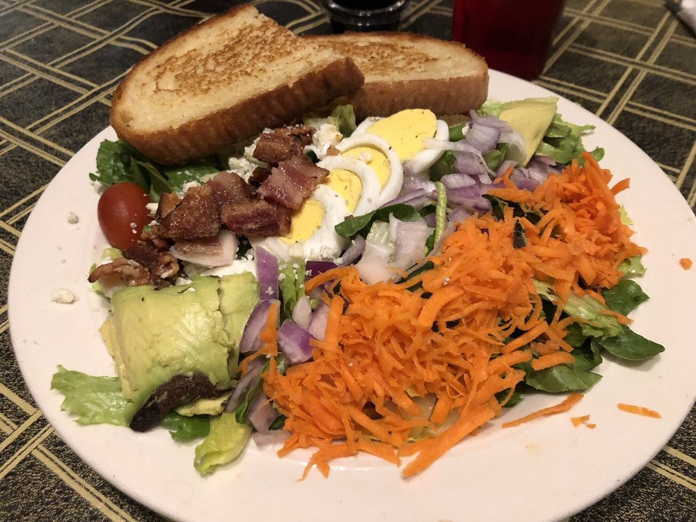 Four and  Twenty Cafe: 420 S Main St, Princeton, IL