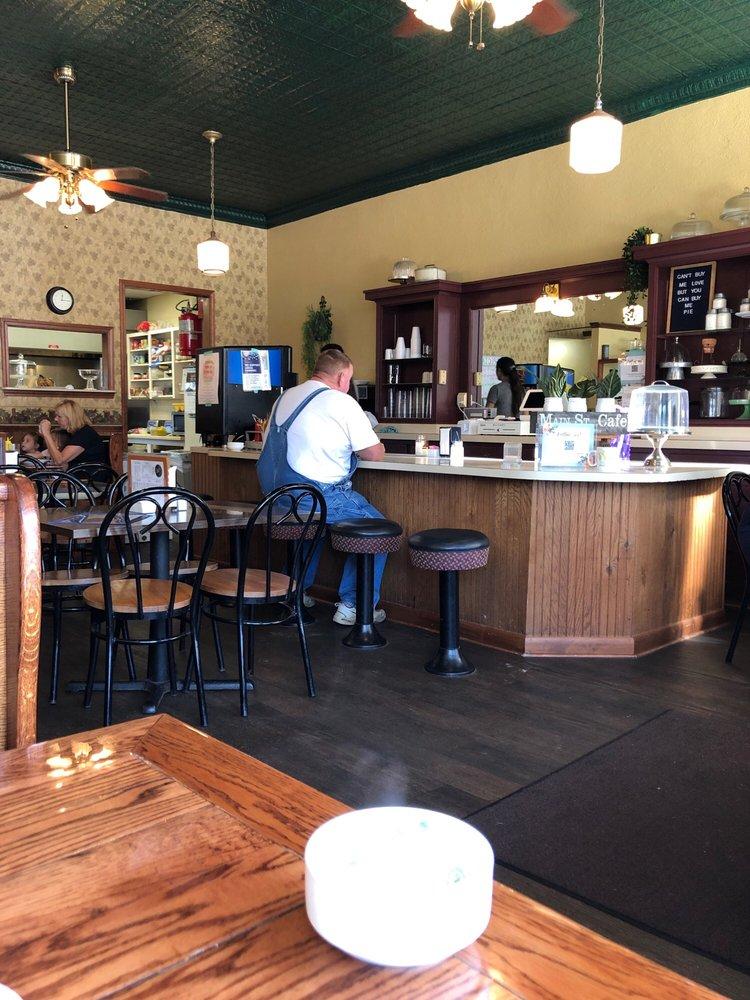 Main Street Cafe: 12 E Main St, Berlin Heights, OH