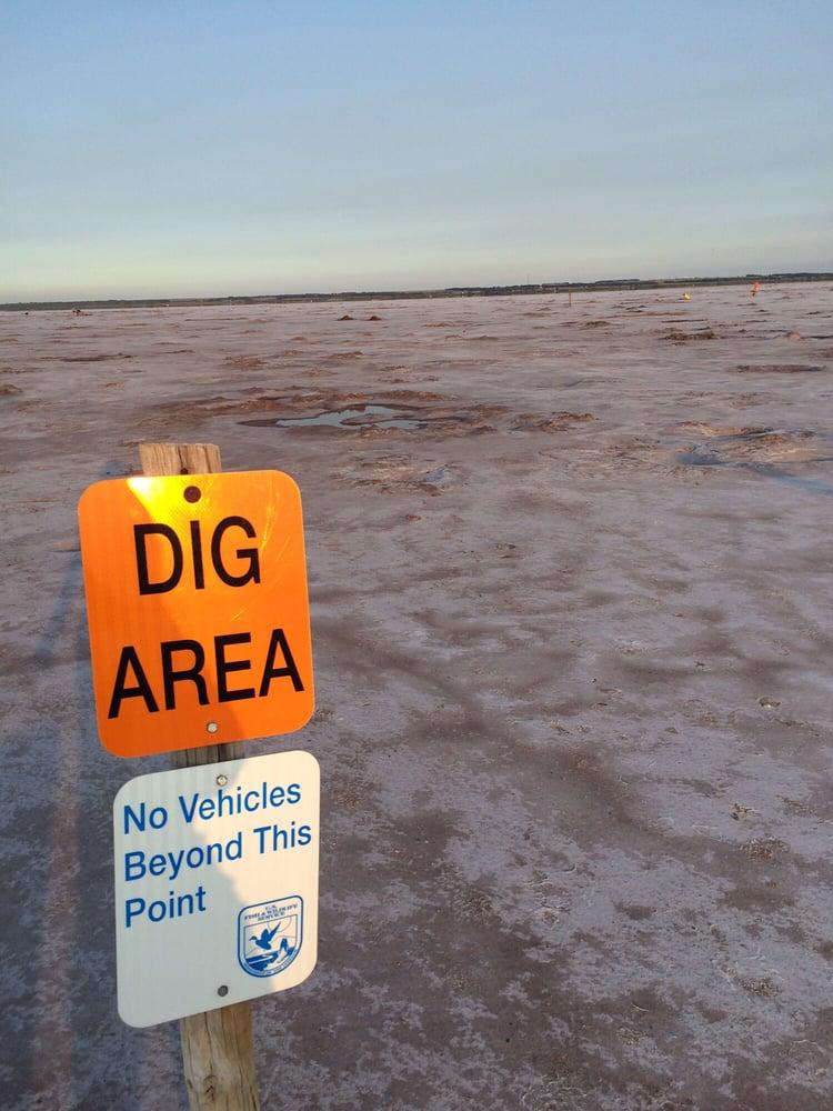 Salt Plains National Wildlife Refuge: 71189 Harper Rd, Jet, OK