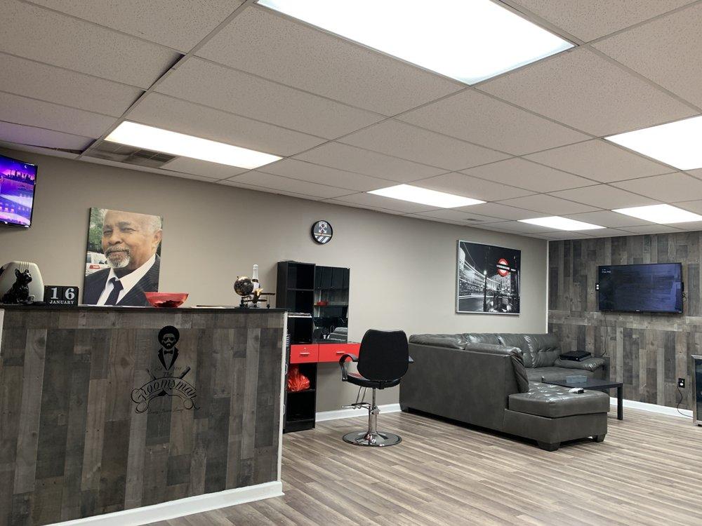 The Groomsman Luxury Barber Lounge: 124 St James Ave, Goose Creek, SC