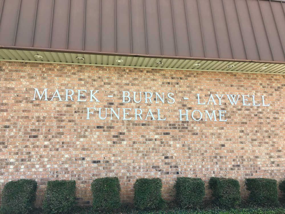 Marek Burns Laywell Funeral Home: 2800 N Travis Ave, Cameron, TX